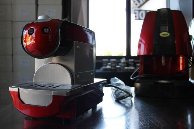 wikiweb-coffeeshop-06.jpg