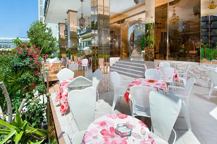 wikiweb-hotelbaiamarina-03.jpg
